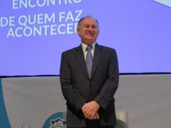 Presidente da SOMEVESC participa de 8º Simpósio Brasil Sul de Bovinocultura de Leite em Chapecó