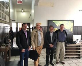 Presidente da SOMEVESC é recebido pelo prefeito de Orleans